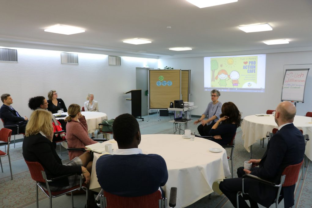 Pro Action Cafe_Nader Etmenan Stiftung_2017.10.11