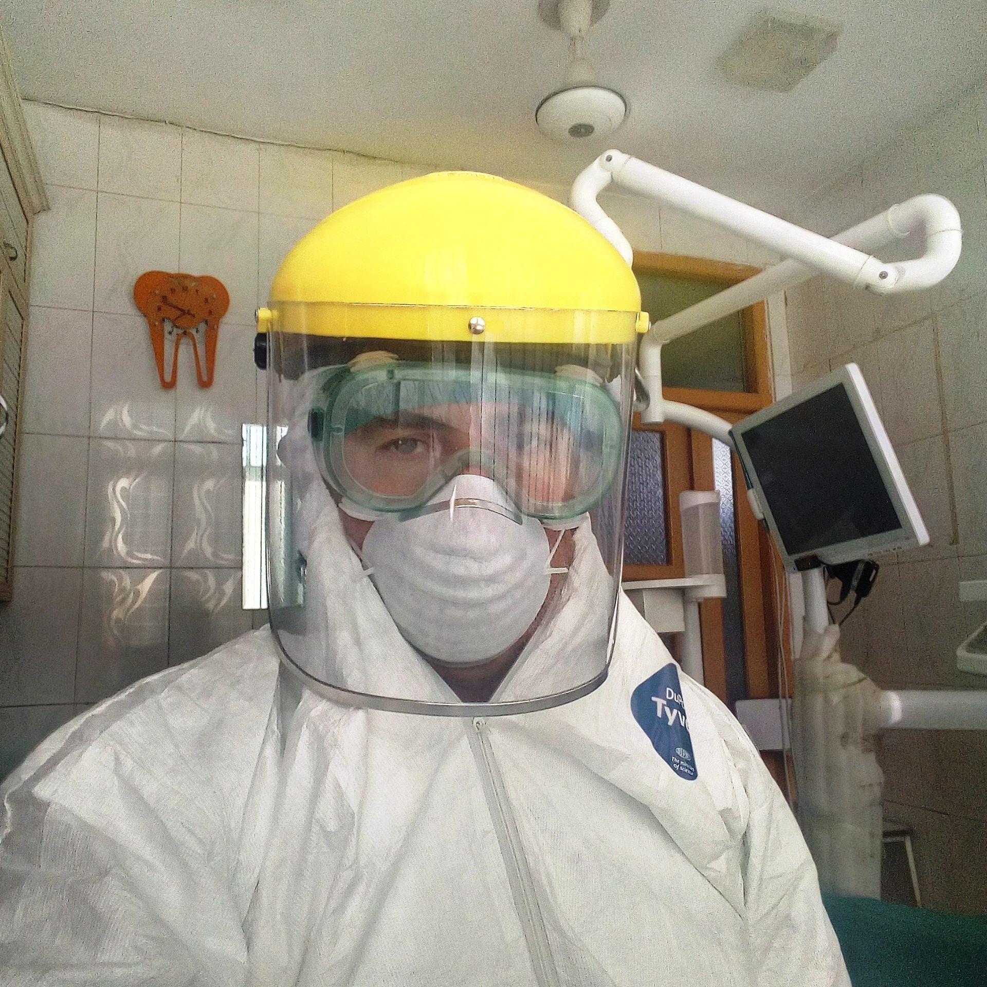 Dr. Natory in Kunduz mit Corona Schutz Jan 2021 © Deutsche Cleft Kinderhilfe e.V.