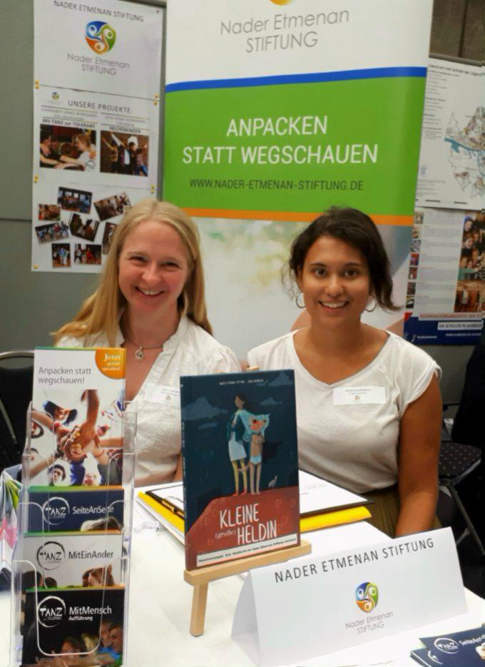 Nader Etmenan Stiftung beim 5. Forum Flüchtlingshilfe