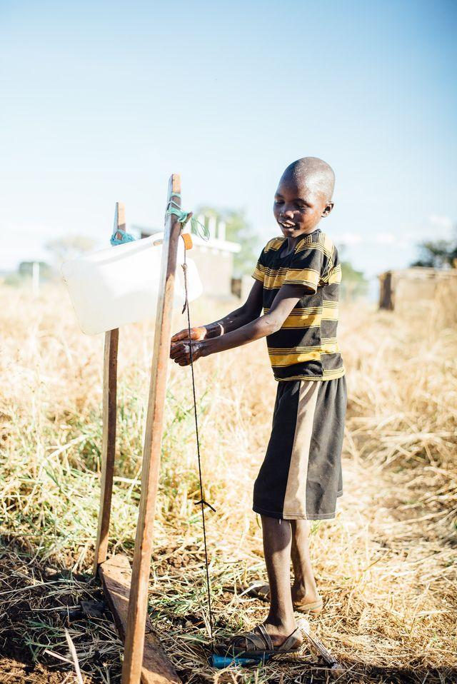 Handwash_Uganda_©_Stefan Groenveld