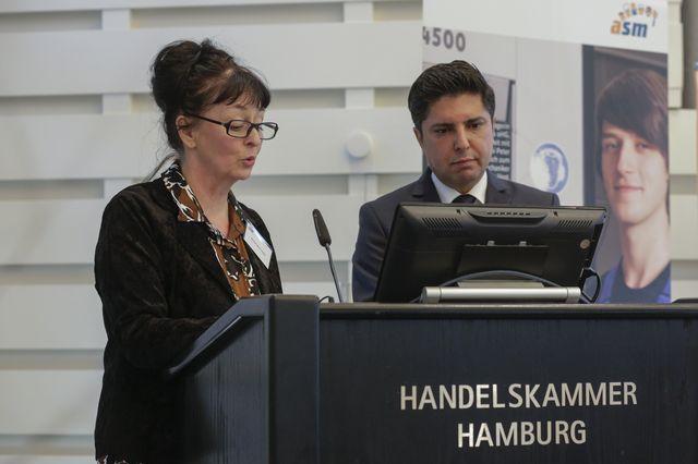 Eröffnung, Marion Wartumjan und Mortesa Etmenan © ASM