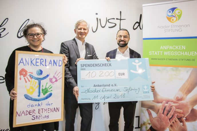 Spende an Ankerland © Nader Etmenan Stiftung