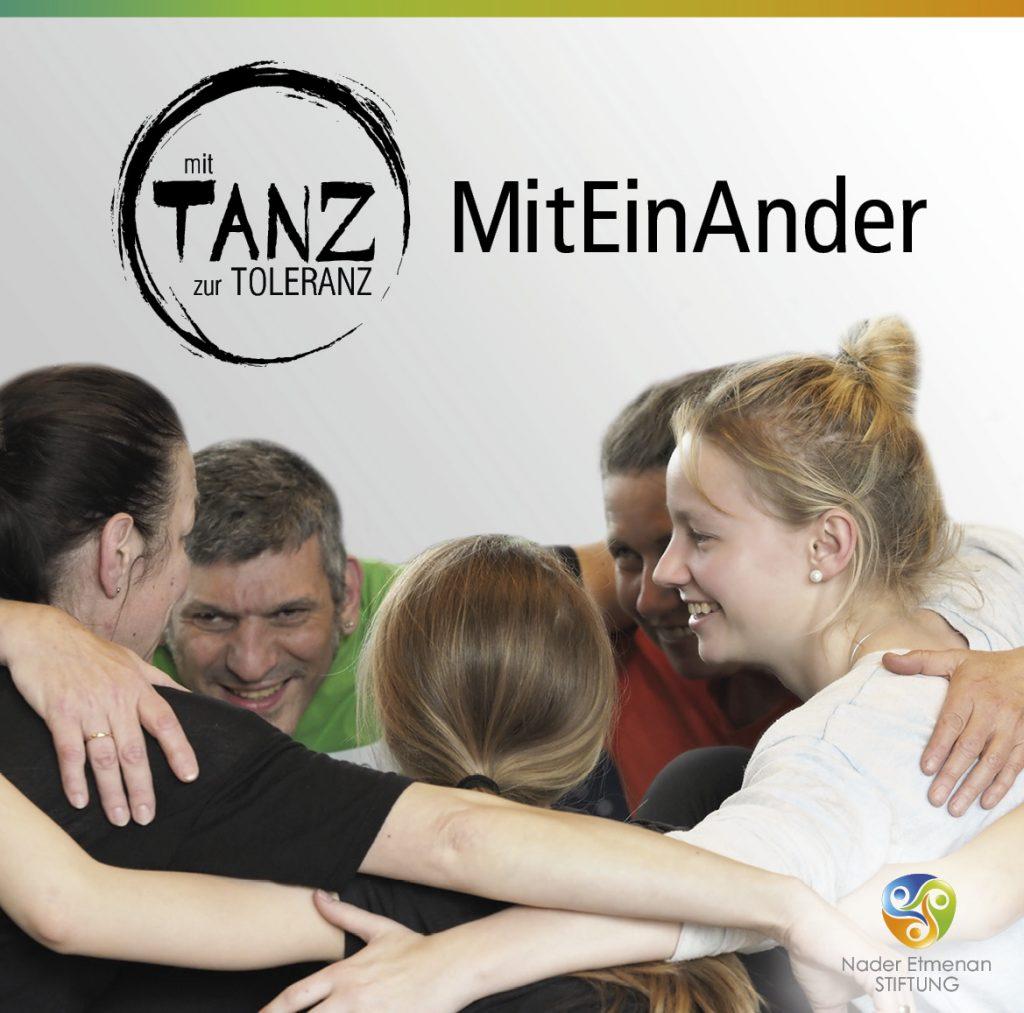 MitEinAnder__© Manu Matthäus für Nader Etmenan Stiftung